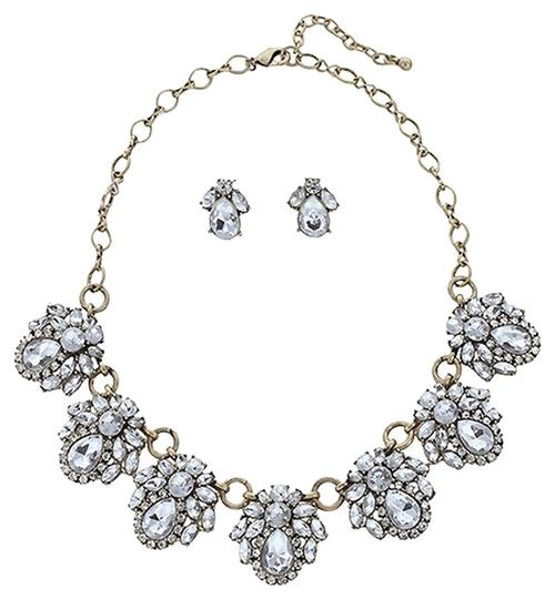 Preload https://item1.tradesy.com/images/other-high-quality-statement-necklace-1476440-0-0.jpg?width=440&height=440