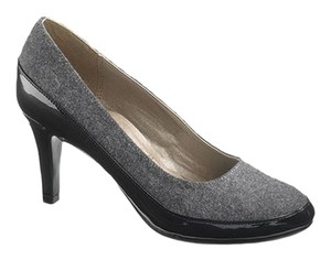 Hush Puppies Gray Pumps