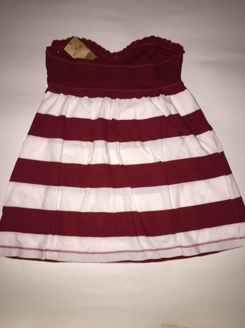 Hollister Top Burgundy And White Image 2