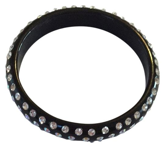 Preload https://img-static.tradesy.com/item/1476806/black-with-silver-rhinestones-bracelet-0-0-540-540.jpg