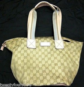 Gucci Travel Line Color Combo Style 131230 Tote in Beige