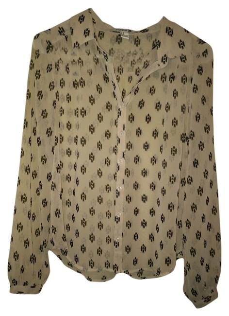 Preload https://img-static.tradesy.com/item/1477156/forever-21-cream-chiffon-sheer-button-patterned-woven-button-down-top-size-8-m-0-0-650-650.jpg