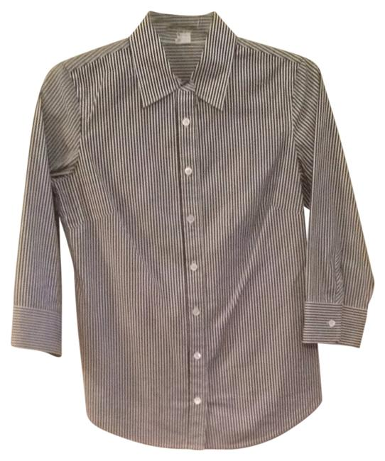 Preload https://img-static.tradesy.com/item/1477282/jcrew-navy-striped-button-down-top-size-6-s-0-0-650-650.jpg
