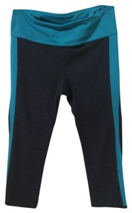 Gap Gap Fit Capri in Teal Blue and Turquoise Size Small
