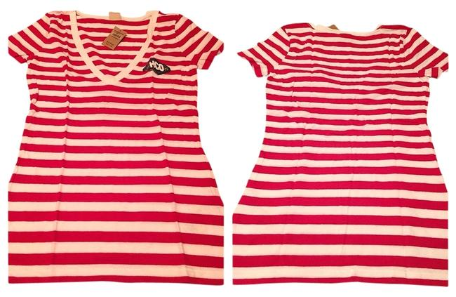 Preload https://img-static.tradesy.com/item/1477338/hollister-red-and-white-tee-shirt-size-4-s-0-0-650-650.jpg