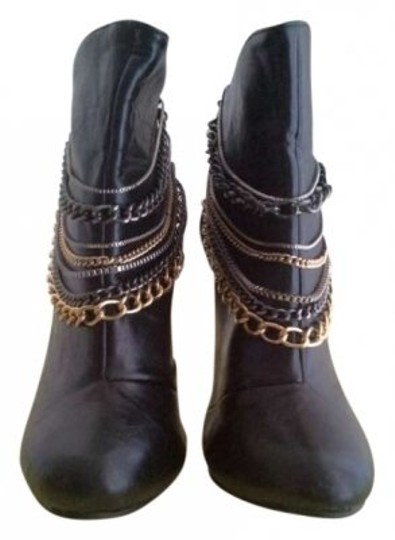 Preload https://item2.tradesy.com/images/dollhouse-black-bootsbooties-size-us-8-147756-0-0.jpg?width=440&height=440