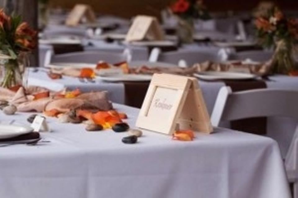 Michaels Natural Wood Frames As Table Markers Tradesy - Restaurant table markers