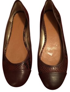 Banana Republic Brown and Dark Brown Flats