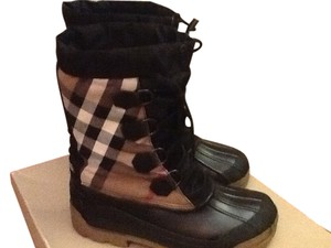 Burberry Black Nova check Boots