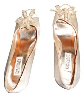 Badgley Mischka Wedding Event Night Out Date Night Pale Peach Pumps