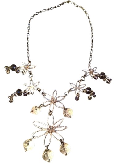 Other Gold Flowered Necklace