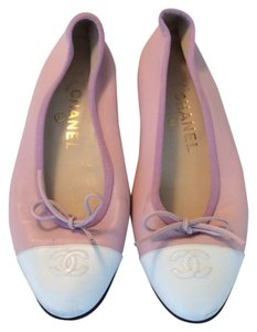 Chanel Pink white Flats