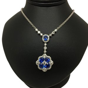 18k white gold blue sapphire and diamond necklace. 1.55 cts in sapphires and .68 pts in diamonds BLUE SAPPHIRE AND DIAMOND NECKLACE