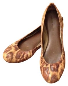 Banana Republic Ballet Pattern Brown snake skin Flats