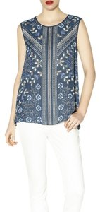 BCBGMAXAZRIA Bcbg Cut Out Top Blue