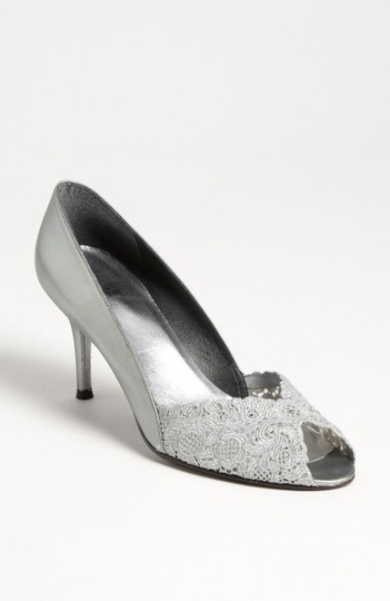 Stuart Weitzman Silvery Grey Chantelle Pump Formal Size US 9 Regular (M, B)