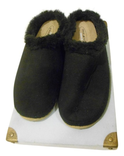 Preload https://img-static.tradesy.com/item/1478837/black-slipperooz-microsuede-indoor-outdoor-slippers-sandals-size-us-10-regular-m-b-0-0-540-540.jpg