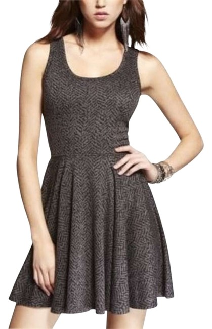 Preload https://img-static.tradesy.com/item/147886/express-gray-above-knee-night-out-dress-size-0-xs-0-0-650-650.jpg