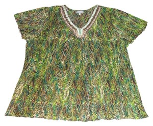 Essentials Boutique Top Multi-color