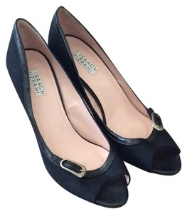 Isaac Mizrahi Black canvas and leather Pumps