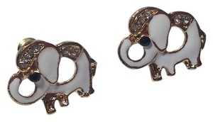 Other New Betsey Johnson Elephant Stud Earrings White Gold J2430