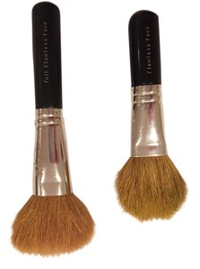 bareMinerals Bare Escentuals Full And Short Flawless Face Brushes (2)