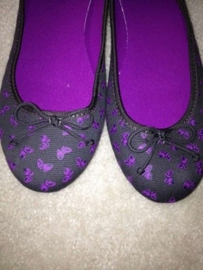 Gap Grey with purple butterflies Flats