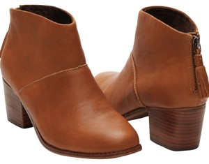 TOMS Brown tan Boots