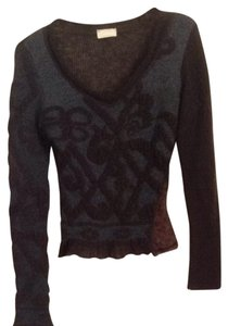 Sauthia Sweater