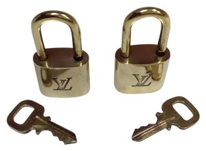 Louis Vuitton LOUIS VUITTON Gold Tone Brass Lock and 1 Matching Key fits the LV + Speedy + Keepall + Alma + Pegase Bag Sizes