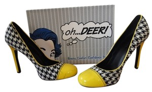Oh Deer! Houndstooth Tweed Patent Leather Bright Stiletto Fun Color Pop Detail Black/white/yellow Pumps