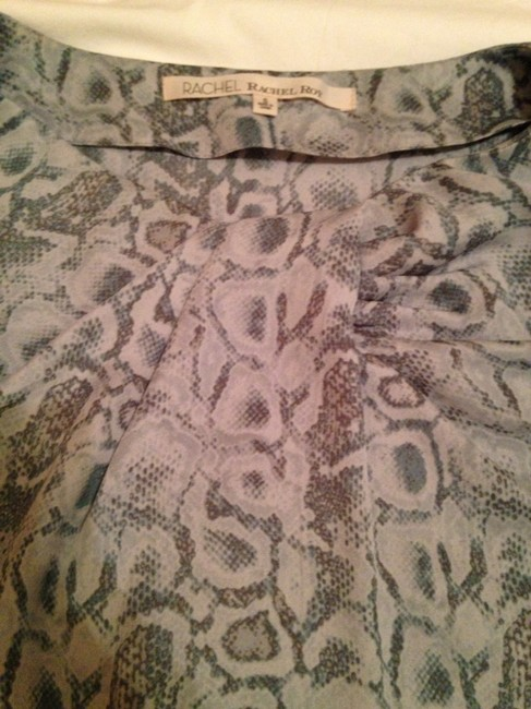 Rachel Roy Top Green Snakeskin