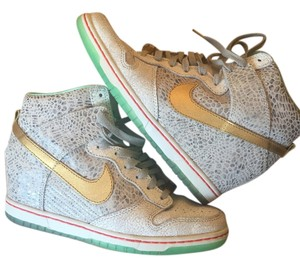 Nike Dunks Sneakers Wedge Sporty White, Gold Athletic