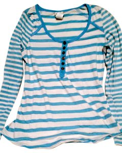 Belle du Jour Henley Macy's T Shirt Blue and White Stripes