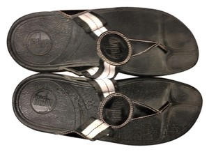 FitFlop Black With Stripe Straps Sandals