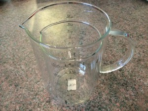 Crate And Barrel Measuring Cups