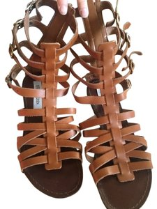 Steve Madden Summer Tan Sandals