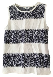 Old Navy Pattern Print Blue Top Cream and Navy