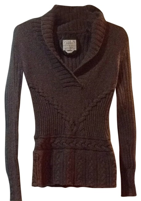 Preload https://item2.tradesy.com/images/old-navy-brown-cold-warm-cozy-v-neck-sweaterpullover-size-2-xs-1482381-0-0.jpg?width=400&height=650