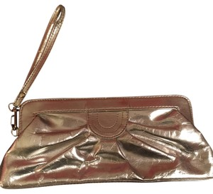 c6384cc7f61 ALDO Clutches - Up to 90% off at Tradesy