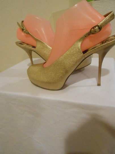 Sam Edelman Gold Pumps