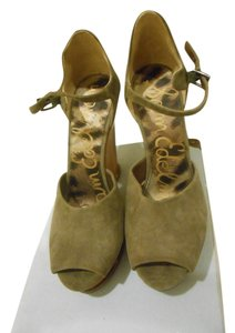 Sam Edelman Olive Wedges