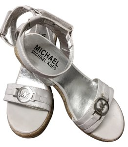 Michael Kors Kid Summer White Wedges