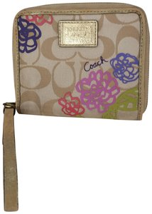 Coach FLORAL MEDIUM WRISTLET ZIP AROUND WALLET MULTI COLOR