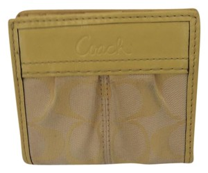 Coach MEDIUM SNAP BUCKLE WALLET YELLOW