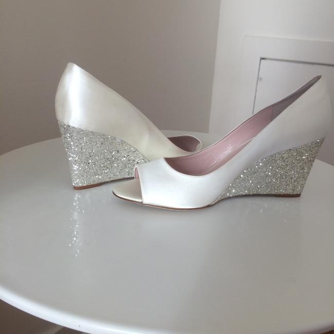 Item - Ivory/Silver Wedges Size US 9 Regular (M, B)
