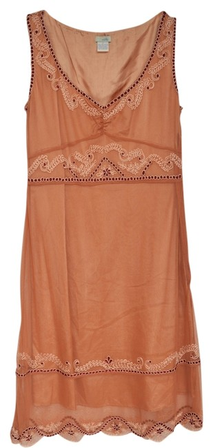Item - Rusty Peach Retro Style Embroidery On Mid-length Night Out Dress Size 2 (XS)