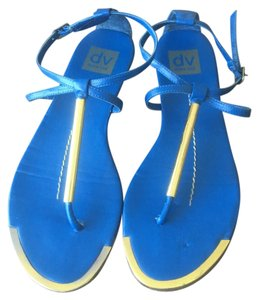 Dolce Vita Summer Gold Thongs Blue Sandals