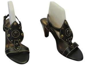 Unisa New Leather Size 9.50 M Black Sandals