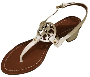 6ef8a2d5056c6d Tory Burch Sandals - Up to 90% off at Tradesy